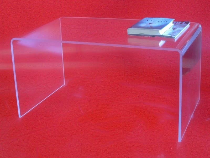 Metacilato transparente aplicado a mobiliario del hogar